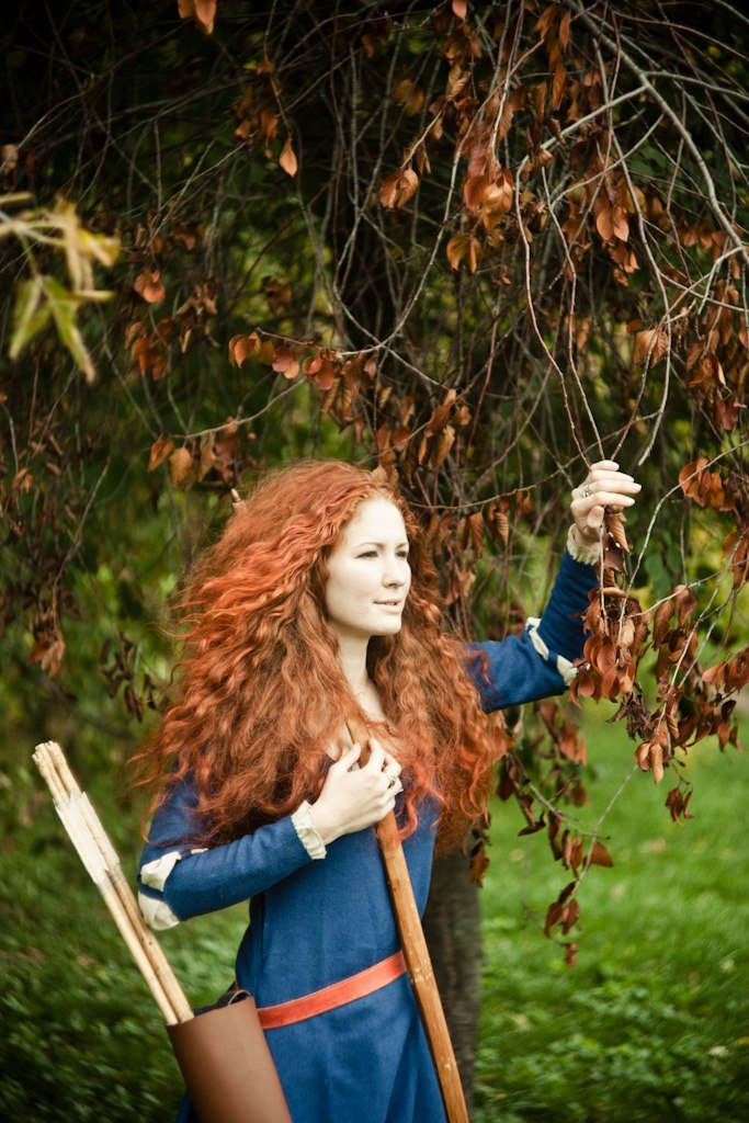brave__merida_cosplay_by_asherwarr-d5ggws4